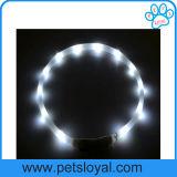 Colar de cão recarregável do diodo emissor de luz da fonte do animal de estimação da fábrica