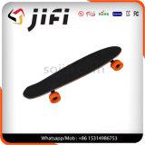 スマートな手段は電気スクーター4の荷車引きのスケートボードを立てる