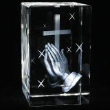 3D Laser Gegraveerde DwarsKubus van het Kristal voor Christelijke Gift