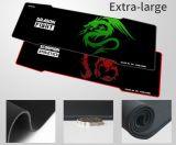 A almofada de rato do jogo da borda de Stictched com projeta o logotipo