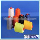 La vendita calda 100% ha tinto il filato di poliestere filato del filato cucirino in cono di plastica