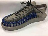 Chaussures neuves d'été de type de chaussure tissée