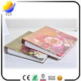 Album procurable de plastiques de cadeau de fleur de configuration de type neuf de Centerfold