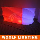 Contatore moderno commerciale della barra del locale notturno LED piccolo