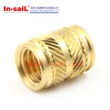 Noix moletée en laiton de garniture intérieure de fournisseur de dispositif de fixation de la Chine pour le boîtier plastique