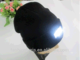 Высокое Quanlity СИД связало шлем пряжи свободно Beanie рук прогулки ночи зимы крышек шерстяной с светом СИД