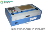 Fabricante 3020 40W Mini CO2 desktop gravação a laser máquina de corte
