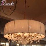 De Europese Lamp van de Tegenhanger van het Kristal van het Hotel Decoratieve met de Schaduw van de Stof
