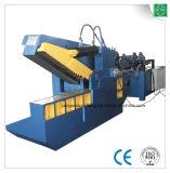 Máquina de estaca para o ferro de sucata
