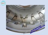 固体タイヤまたはタイヤの鋳造型の二つの部分から成った型