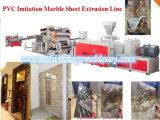 La producción de mármol de imitación del PVC trabaja a máquina la línea