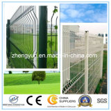 고품질 PVC는 3D 철망사 담에 의하여 용접된 정원 담 위원회를 입혔다