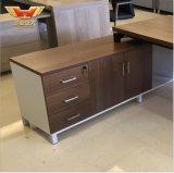 L стол офиса формы, таблица самомоднейшего офиса 0Nисполнительный