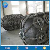 O mundo usa extensamente o pára-choque pneumático marinho de capacidade elevada do barco