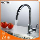 China-Lieferanten-einzelner Griff-Wannen-Wasser-Hahn