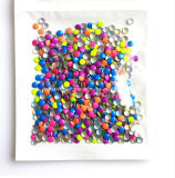 釘の製品(FB3mm正方形)のための金属ドームのスタッドの正方形3*3mmの金属Nailheadsの熱伝達の接着剤