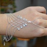 Jóia da noiva do cristal chapeado da prata das meninas do dedo da corrente da mão do bracelete
