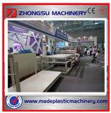 La máquina del estirador de la tarjeta de la espuma del PVC para hace publicidad y los muebles
