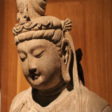Découpage en pierre de statue de Bouddha