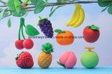 Différentes gommes à effacer de forme de fruit