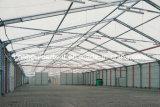 倉庫のテント