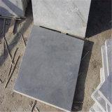 炎にあてられた灰色の自然な石灰岩の卸売