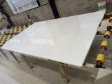 高品質の高貴で白い大理石の平板かタイル
