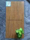 Mattonelle di legno di ceramica del pavimento caldo di vendita di Foshan