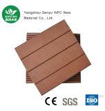 Decking de madeira ao ar livre antienvelhecimento do revestimento da grão WPC