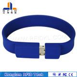 Gioco del Wristband del silicone RFID di codice del laser per il randello di notte