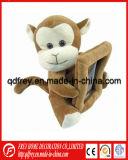 Frame macio bonito da foto do brinquedo do macaco do luxuoso