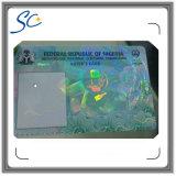 Cartão do PVC com a película da folha de prova do holograma