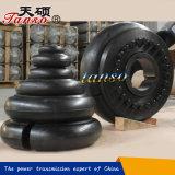Elemento di gomma per l'accoppiamento del pneumatico