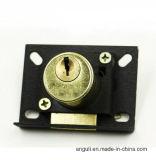 Serratura d'ottone antica del cassetto del metallo