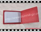 Sostenedor de la tarjeta de crédito de cuero rojo de la PU de Taiga con insignia caliente del sello