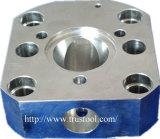 Часть Non стандартной части механически используемая на части подвергли механической обработке машиной, котор