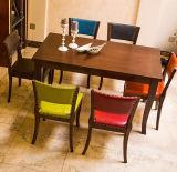 De hete Verkopende HoofdEettafel Upholatered en de Stoel van het Meubilair van het Huis In het groot Franse Houten Antiqued Gesneden die voor Restaurant wordt gebruikt