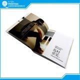 La impresión modificada para requisitos particulares de la talla y ata un libro