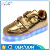 De Fabriek van de Schoenen van de Jonge geitjes van China