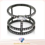 方法宝石類のリングの金のダイヤモンドの宝石用原石の水晶女性の人の約束CZは習慣の輝やき白いCZ 925の純銀製の結婚指輪の真珠のリングを単に鳴らす