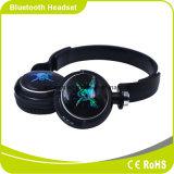 Iluminação instantânea do diodo emissor de luz com os auriculares de Bluetooth do ritmo da música