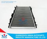 Radiatori di raffreddamento S.U.A. dell'automobile per spessore di alluminio adatto 2009 di memoria della Honda Mt dell'intervallo di anno 0.6 pollici con il serbatoio di acqua di plastica