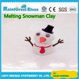 O presente do Natal realmente derreterá o boneco de neve de derretimento da argila
