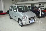 No 1 автомобиль самых дешевых/наиболее низко Suzuki малых/миниых/меньший седана