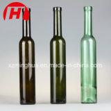 O conhaque de vidro engarrafa o frasco de vinho do gelo