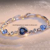 El diamante de seis colores tachonó la joyería del cristal del diseño del corazón de la pulsera de las mujeres