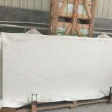 Absolute Witte Countertop van het Kwarts Plakken