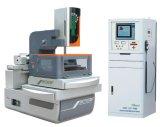 Closed-Loop машина провода EDM вырезывания металла CNC