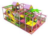 Спортивная площадка школы оборудования спортивной площадки используемая скольжением крытая