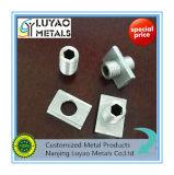 Parte que trabaja a máquina de aluminio con diverso estándar de la cuerda de rosca